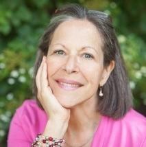 Cindy Loughran Headshot